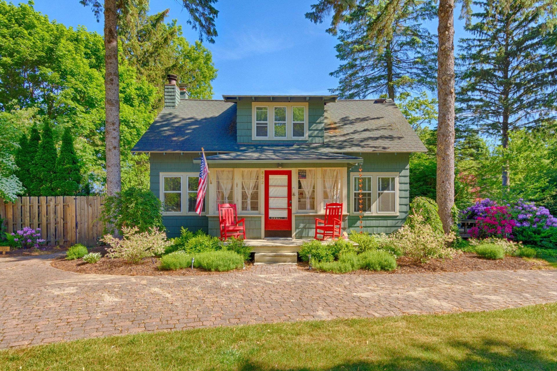 The Cabernet Cottage Saugatuck Vacation Rental Cottage